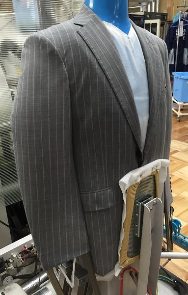スーツ汗抜き